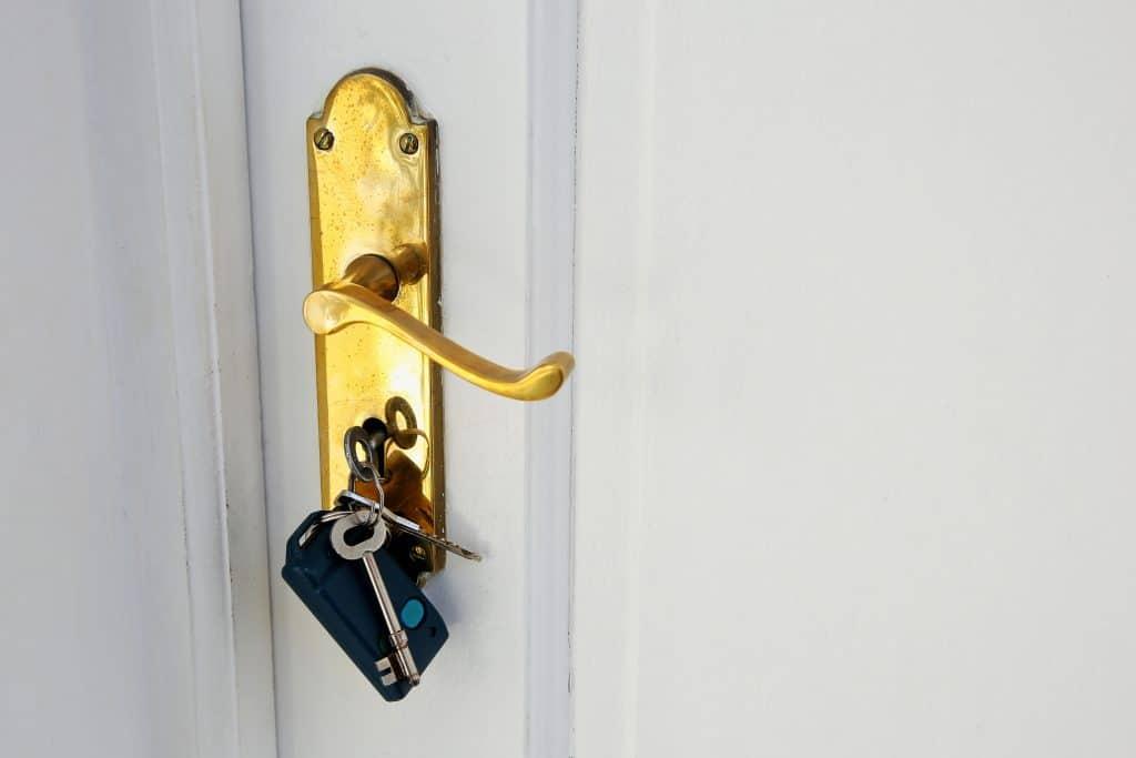 מנעולן ופורץ דלתות בקריות